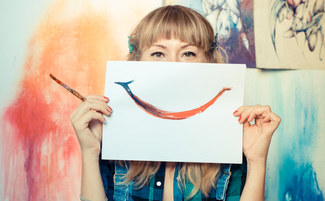 smiley face - 5 things to make your newsletter a must read